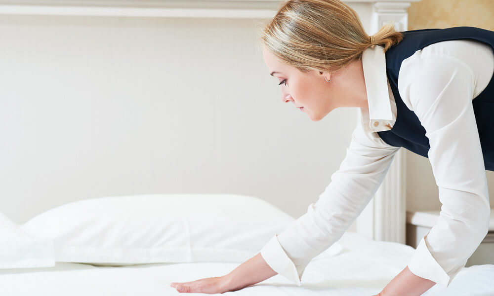 DAILY HOUSEKEEPING AND TURNDOWN SERVICE