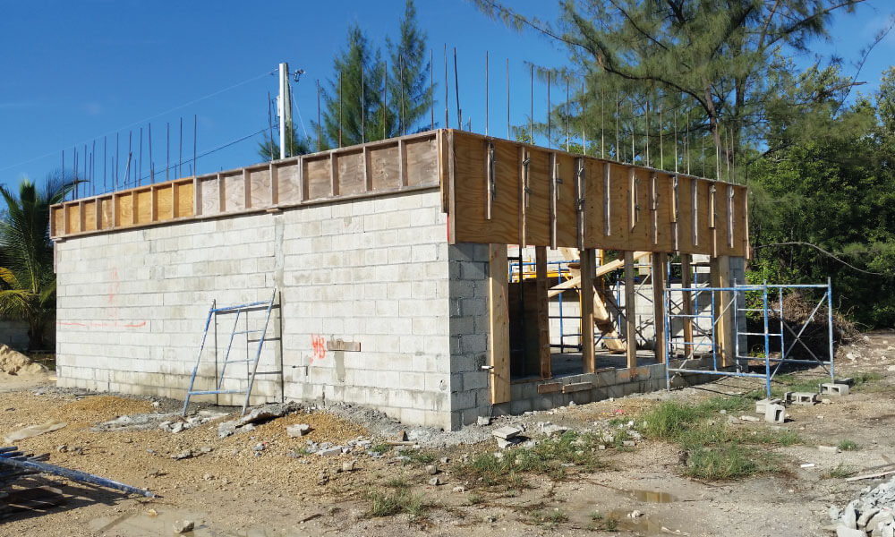 silver-thatch-cottage-cayman-construction