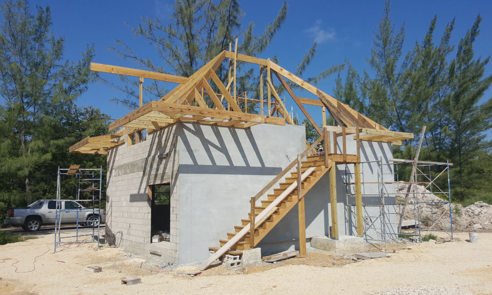 silver-thatch-cottage-cayman-construction2
