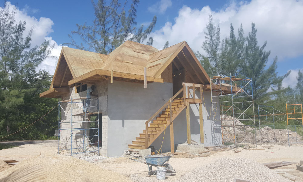 silver-thatch-cottage-cayman-construction3